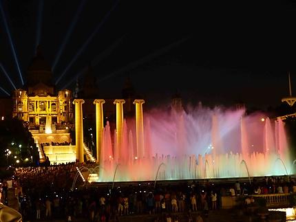Fontaines de Montjuïc la nuit