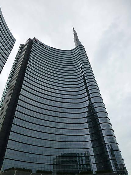 Banque dans la tour de verre