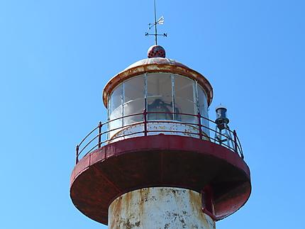 Tête du phare de Madeleine-Centre
