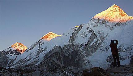 Nuptsé, Everest, Lhotsé sunset