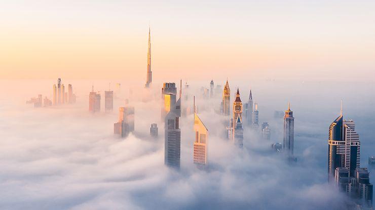 Brouillard matinal sur Dubaï, Émirats arabes unis