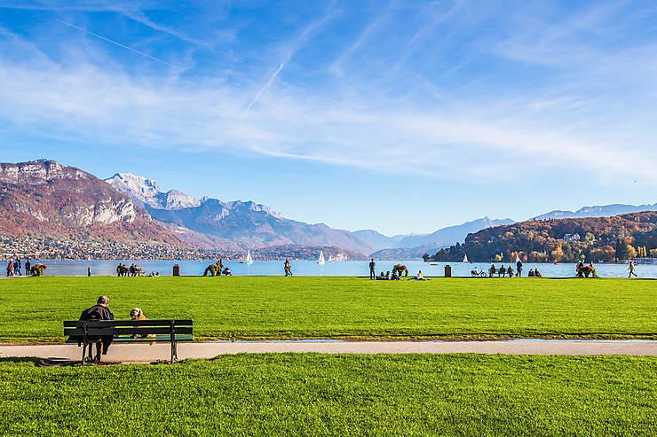 Douceur de vivre au bord du lac d'Annecy