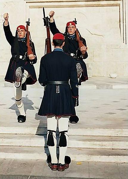 L'uniforme Macédonien