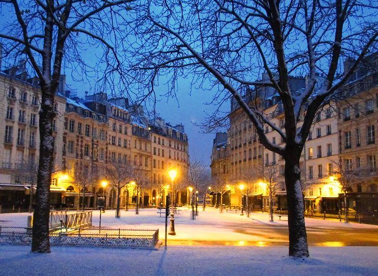 Place Dauphine en hiver, Paris