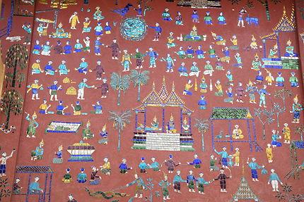 Incrustations au Wat Xieng Thong