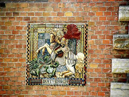 Fresque sur le mur d'une villa
