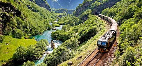 Les plus beaux voyages en train -