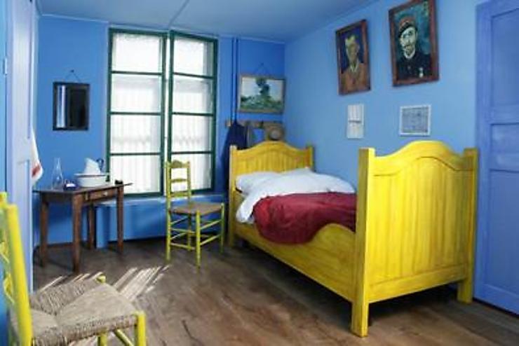 Pays Bas   Un Hôtel Reconstitue La Chambre De Van Gogh