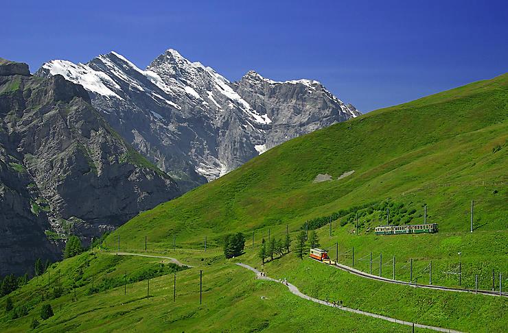 Prendre de la hauteur sur la Jungfrau (Suisse)