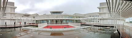 Promenade sur les terrasse de l'hôpital