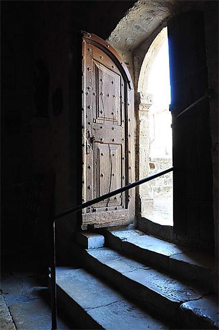 Portail de l'église du Monastier