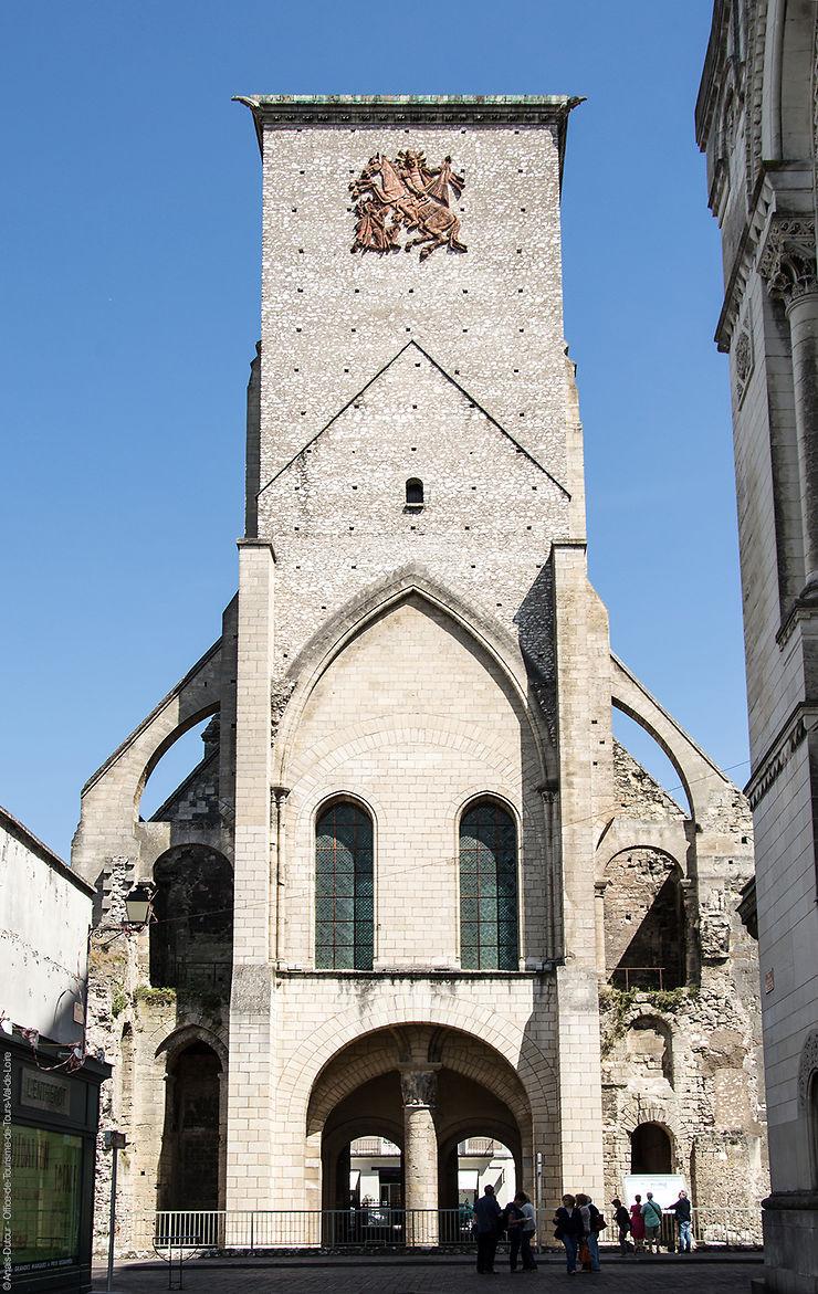 Tours - Visites guidées de la Tour Charlemagne tout l'été