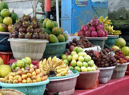 Fruits exotiques en Indonésie
