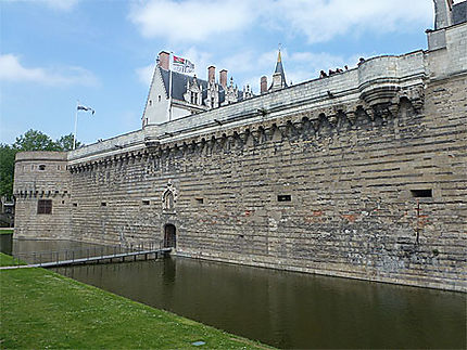 Les remparts du château