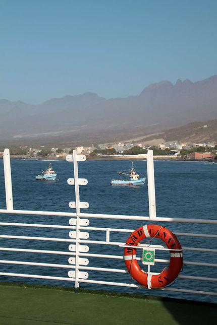 Arrivée à Porto Novo avec le mar d'canal