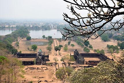 Vue plongeante sur le Wat Phou