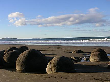 Boulders sur une plage