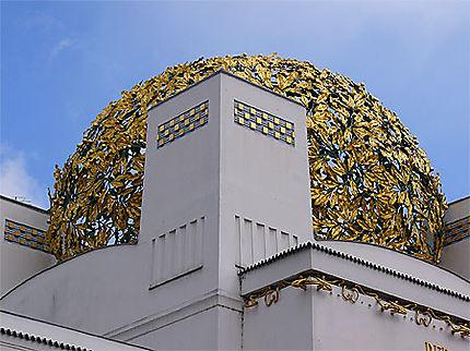 Feuilles d'or de la sphère du palais de la sécession