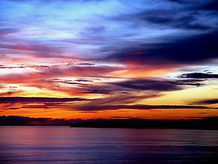 Coucher de soleil sur l'île de Koh Larn