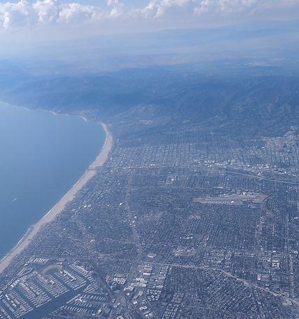 L'impressionnante côte Pacifique vue d'avion