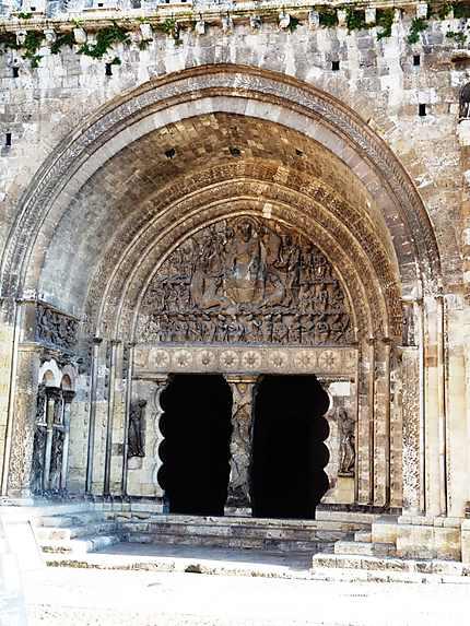 Portail romain de l'abbaye