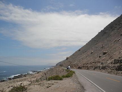 Le long de la Panaméricaine, Pérou