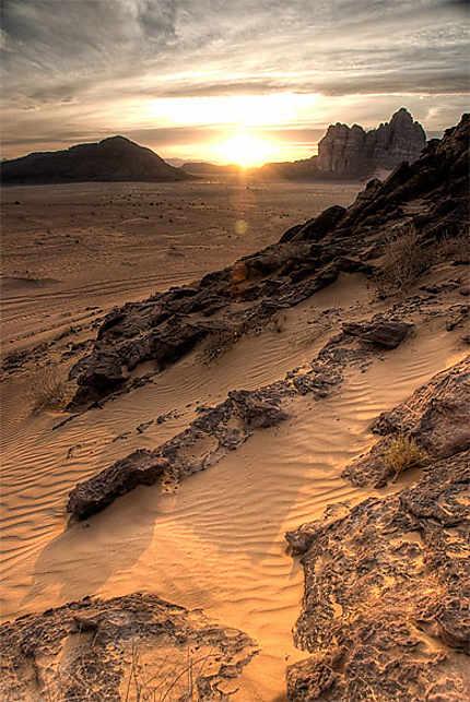 Soleil couchant sur le Wadi Rum