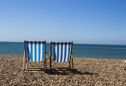 Deux chaises à la plage !