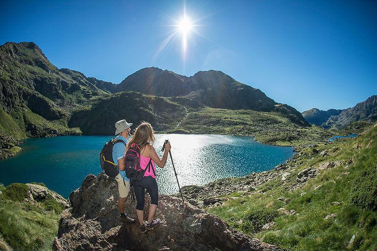 Randonnée : à la découverte des parcs naturels et des lacs de haute montagne