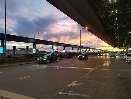 Ceci n'est pas un aéroport à l'aube, en Thailande