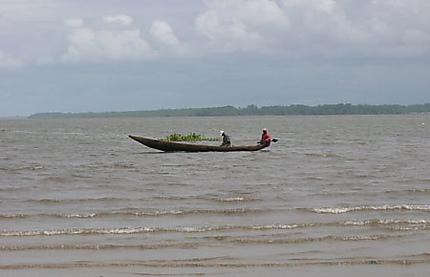 Sérénité sur le fleuve Wuri