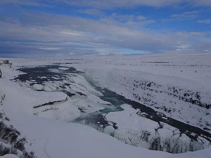 Cascade gelée à Gullfoss, en Islande