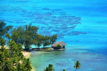 Ma cabane au bord du lagon