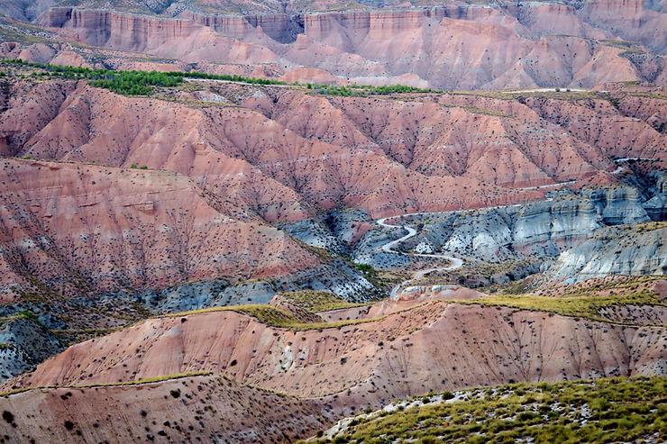 Guadix et Gorafe : troglos, fossiles et badlands