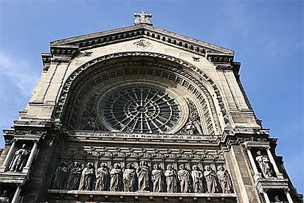 Façade de l'église Saint-Augustin