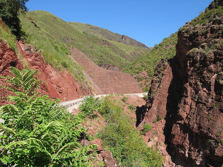 Alpes-Maritimes - Les gorges de Daluis et du Cians : le Colorado azuréen