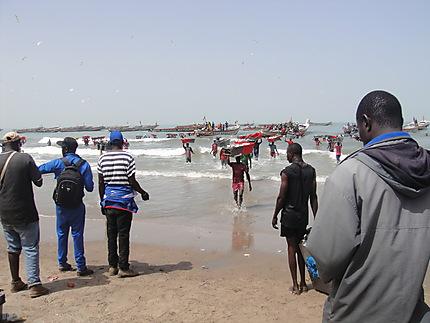 Les pêcheurs sur la plage