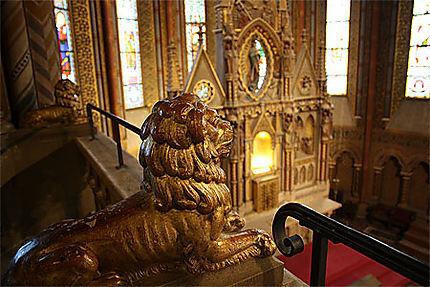 Un lion à Saint-Mathias