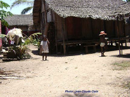 Scène de vie sur l'île de Nosy Komba