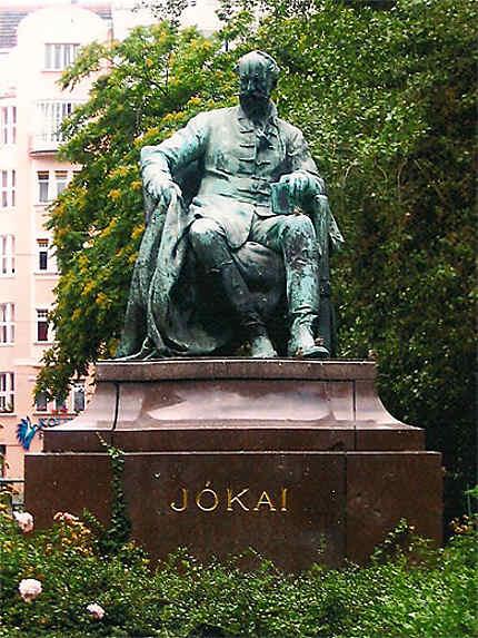 Statue de Jokai