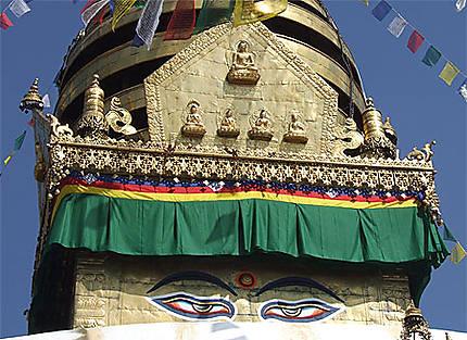 Népal, Kathmandu, temple d'or de Swayanbunath