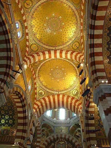 Intérieur de la Basilique Notre Dame de la Garde