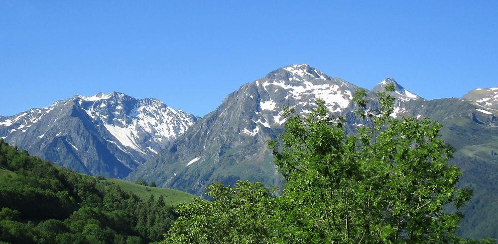 Voyage avec mes amis randonneurs dans le petit village de Loudenvielle se trouvant dans les Pyrénées