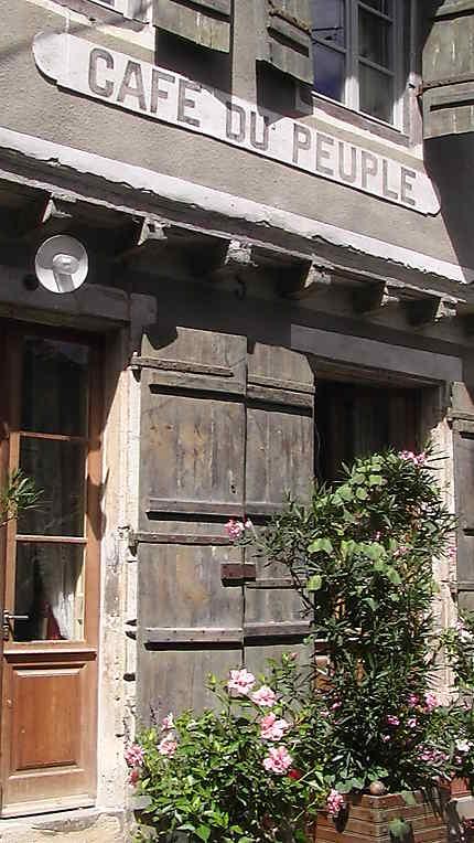 Ancien café à Labastide-d'Armagnac