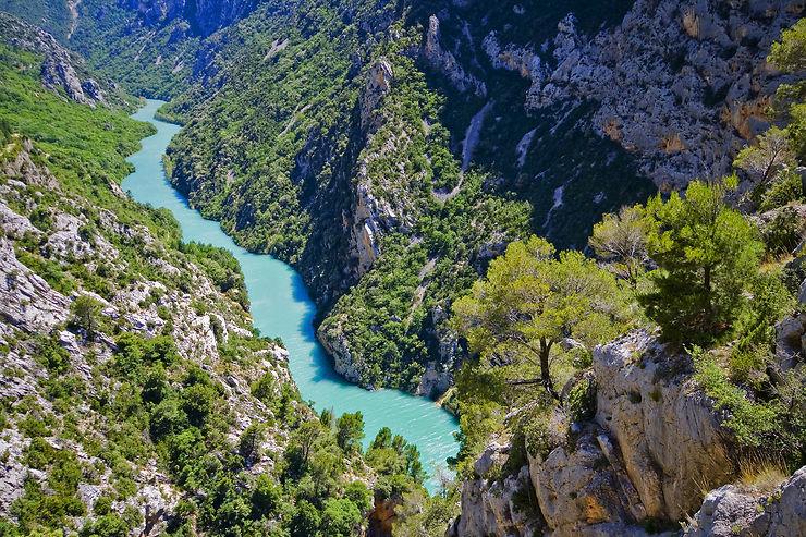 Randonnée - Chemins des Parcs : 200 itinéraires en Provence-Alpes-Côte d'Azur