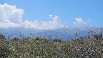 Mont Pachnes, vu du site d'Aptera