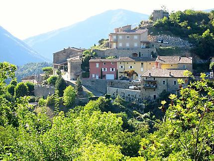 Le vieux village d'Aurel (Drôme)