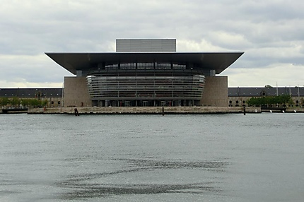 L'opéra sur l'eau de Copenhague