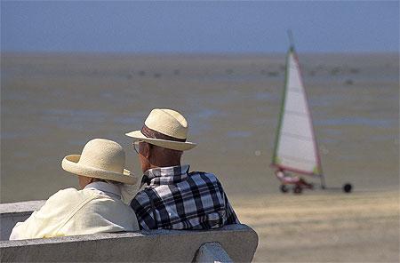 Char A Voile Sur La Plage De Bray Dunes Bray Dunes Nord Nord Pas De Calais Routard Com