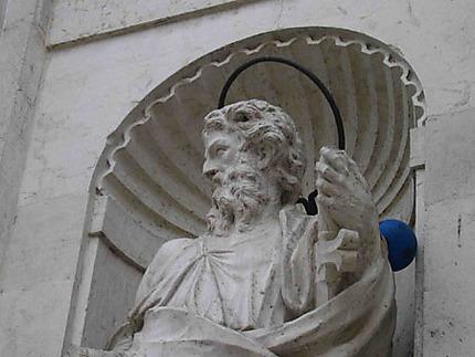 L'apôtre au ballon